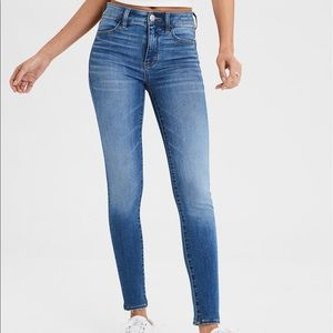 AE High-Waisted Skinny Jegging Jeans   Size 14